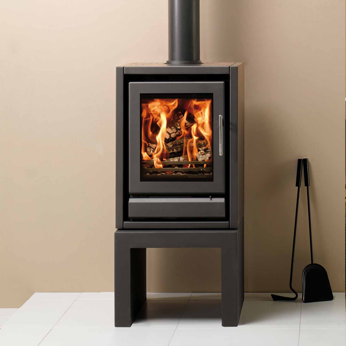 Stovax Riva F40 Multi Fuel Stove Approved Dealer